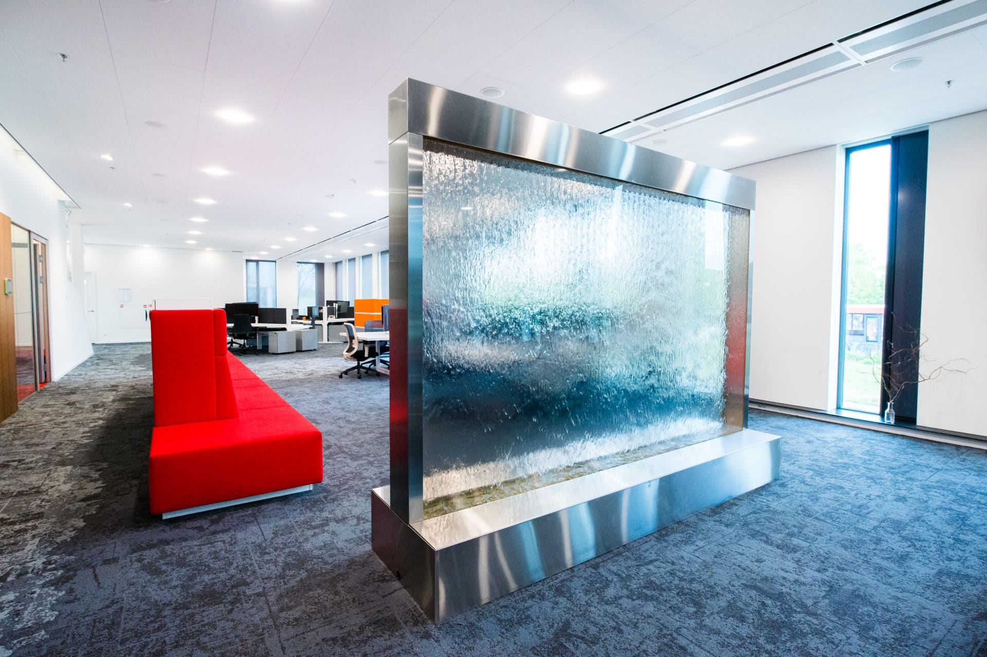 Enclosed Water Wall in office in Netherlands Holland