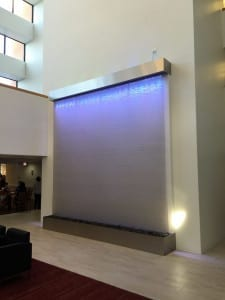 Stainless Mesh Water Wall Waterfall at Park Plaza in Chicago Illinois 5 2 scaled